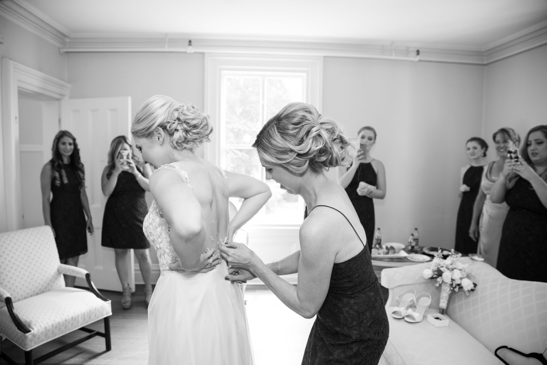 Strand02 Jpg Laura And Sam S Connecticut Wedding At The Burr Mansion In Fairfield By